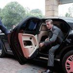 """""""Choáng"""" trước bộ sưu tập toàn siêu xe của David Beckham"""