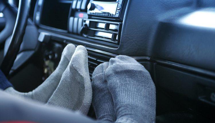 Nhiều người thường có quan niệm không chính xác về việc tắt sưởi cũng giúp tiết kiệm như khi tắt điều hòa làm mát.