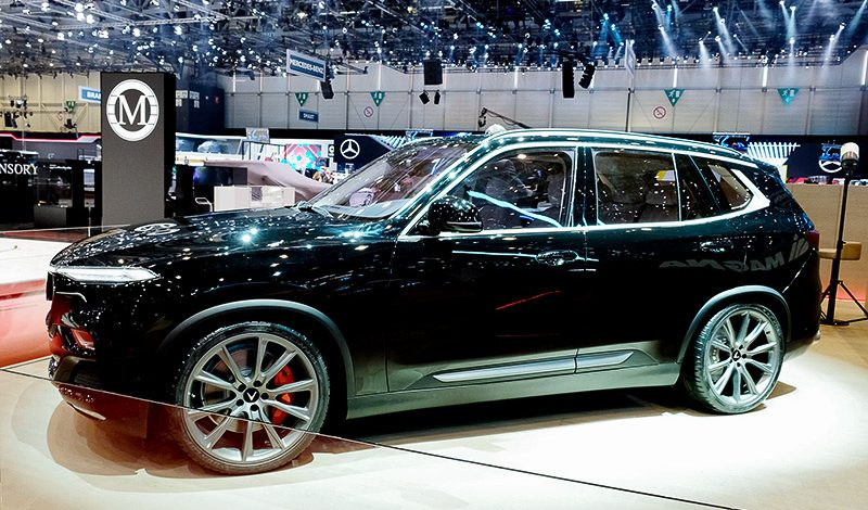 Chiếc SUV VinFast Lux SA phiên bản đặc biệt sử dụng động cơ V8 tại Triển lãm Geneva.