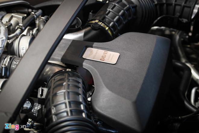Sieu xe Aston Martin DB11 vua ra mat tai VN, gia 15,7 ty dong hinh anh 3