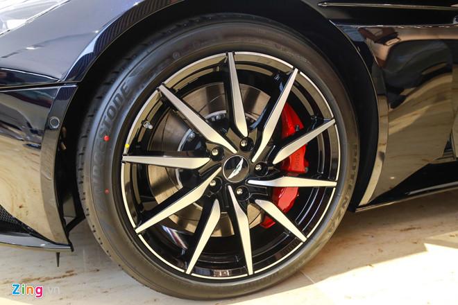 Sieu xe Aston Martin DB11 vua ra mat tai VN, gia 15,7 ty dong hinh anh 11