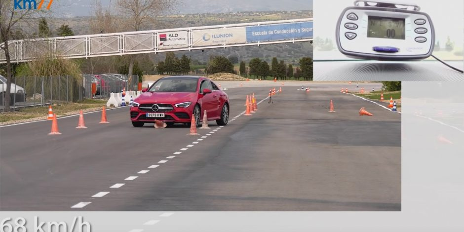 Mercedes-Benz CLA 2020 không vượt qua bài thử chuyển hướng đột ngột ở tốc độ 76 km/giờ của trang KM77 (Tây Ban Nha).