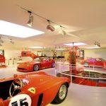Ferrari khởi động lại sản xuất