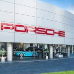 """Porsche bất ngờ giành ngôi vị """"xe sang được yêu thích nhất năm 2020"""""""
