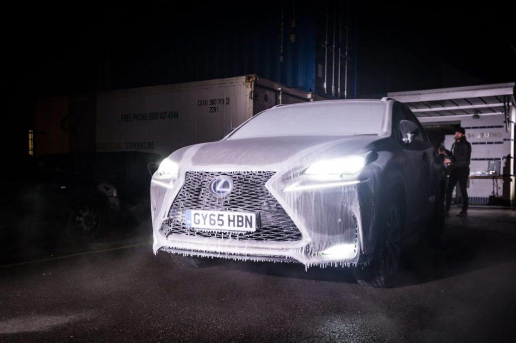 """5 năm nhìn lại """"Chiếc Lexus NX 2015 bánh xe băng đá độc nhất hành tinh"""""""