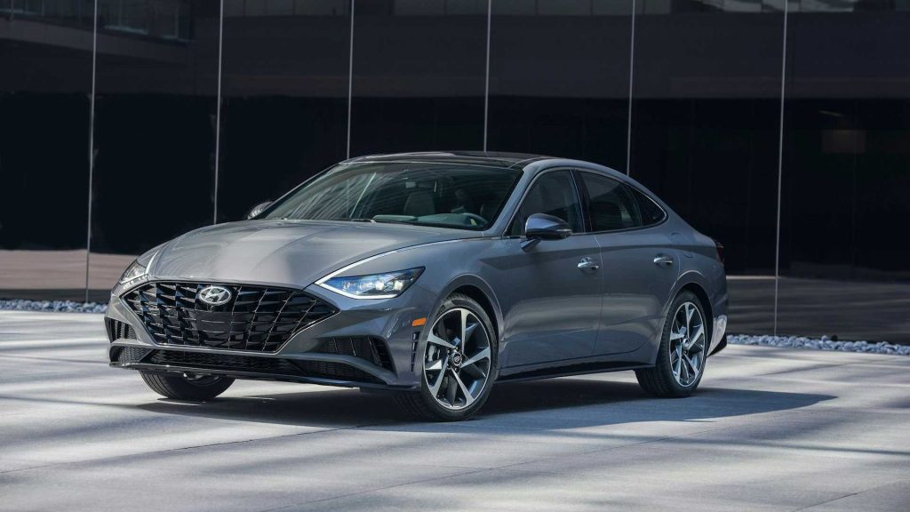"""Hyundai Sonata 2021 sẽ có nhiều """"đồ chơi lạ"""" cạnh tranh nhiều đối thủ đáng gờm"""