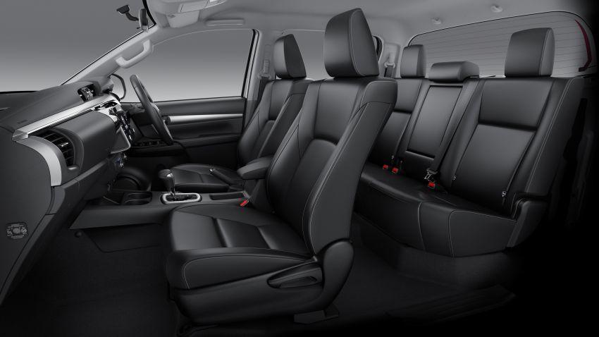 Vén màn thú vị về Toyota Hilux 2020 sắp về Việt Nam vào cuối năm