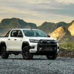 Toyota Hilux 2020 ra mắt tại Việt Nam: 4 phiên bản, giá từ 628 -921 triệu đồng