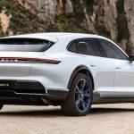 Porsche hoãn ra mắt xe điện thứ hai sang năm 2021 vì Taycan bán quá chạy