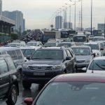 Xe ô tô cá nhân sẽ nộp 130 nghìn đồng/tháng phí đường bộ