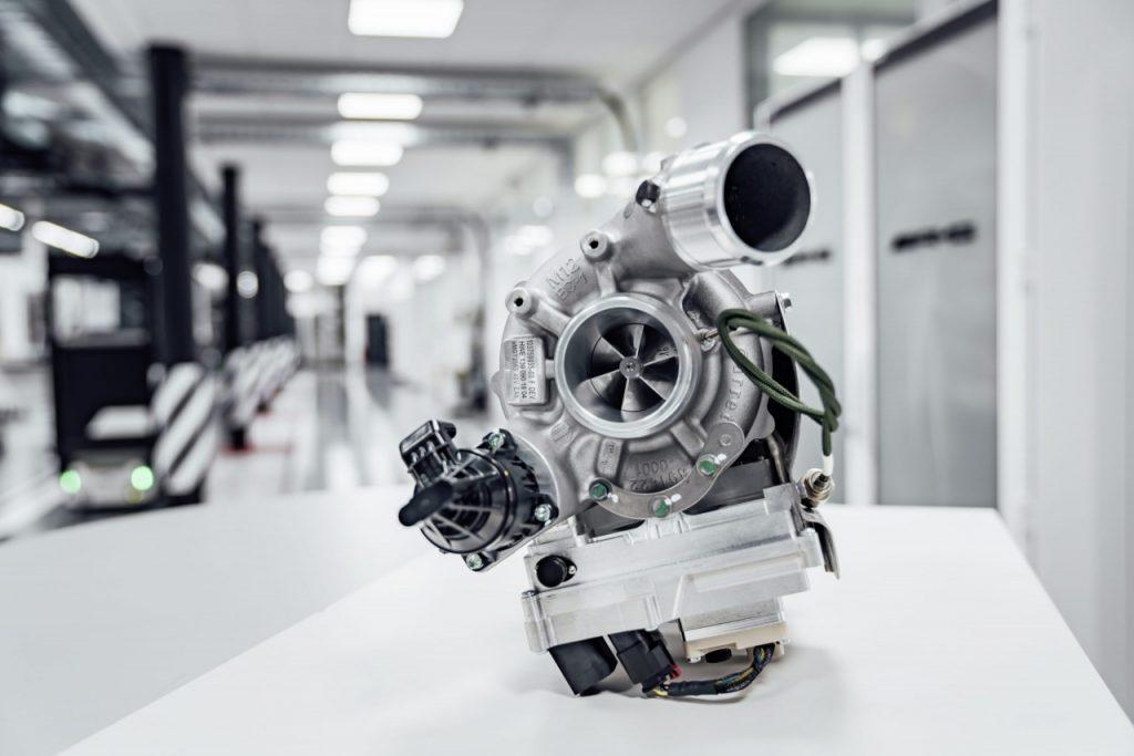 Mercedes-AMG C63 2022 trang bị động cơ I4 cải tiến sẽ mạnh nhất thế giới