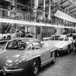 Những chiếc ô tô vực dậy cả thương hiệu bên bờ vực phá sản