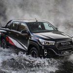 Toyota Hilux ra mắt bản hiệu suất cao giá mềm đối đầu với Ford Ranger Raptor