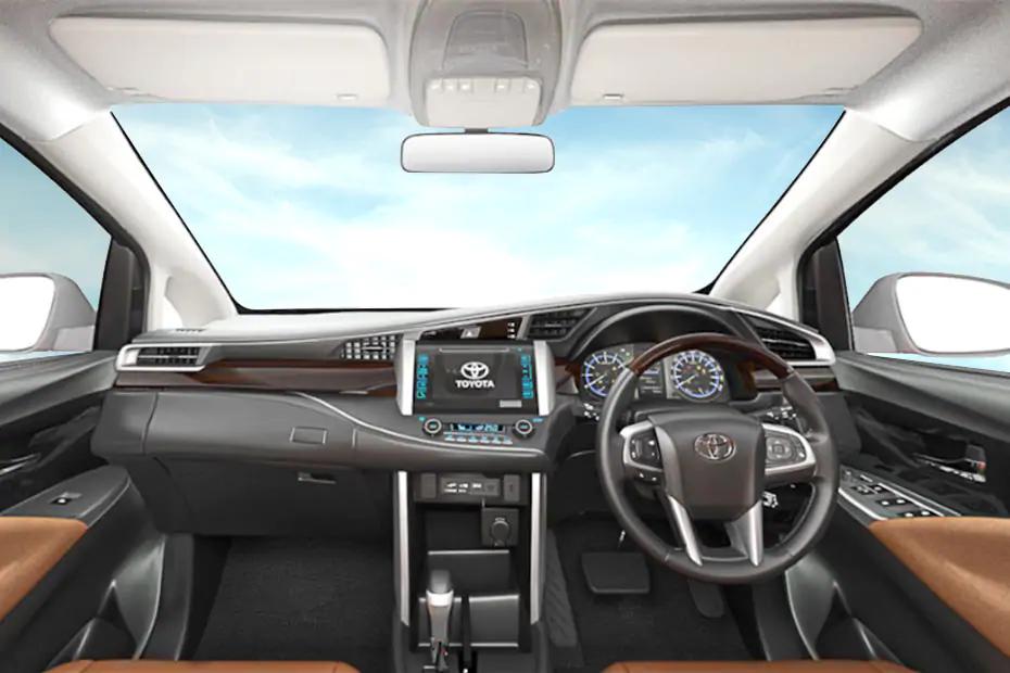 Toyota Innova 2021 bổ sung thêm phiên bản máy dầu 2.8L tại Thái Lan