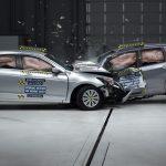 Có phải cầm lái ô tô cỡ nhỏ ngày càng nguy hiểm?