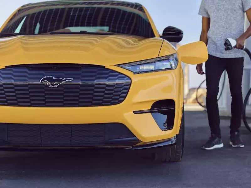 Ford Mustang Mach-E có thêm phiên bản hiệu suất cao đặc biệt