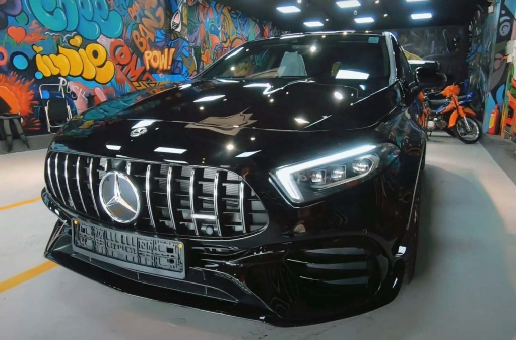 Mercedes-AMG A45 S 2021 lần đầu tiên về Việt Nam có gì hot?