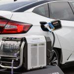 Nhật Bản đặt mục tiêu loại bỏ xe chạy xăng trong 15 năm tới