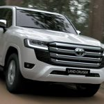 """Vừa ra mắt, Toyota Land Cruiser 2022 đã kèm """"lạc"""" 400 triệu"""