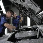 Cách rửa khoang máy ô tô tại nhà trong mùa dịch