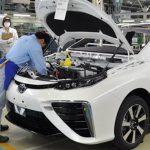 Khủng hoảng linh kiện, Toyota sụt giảm sản lượng
